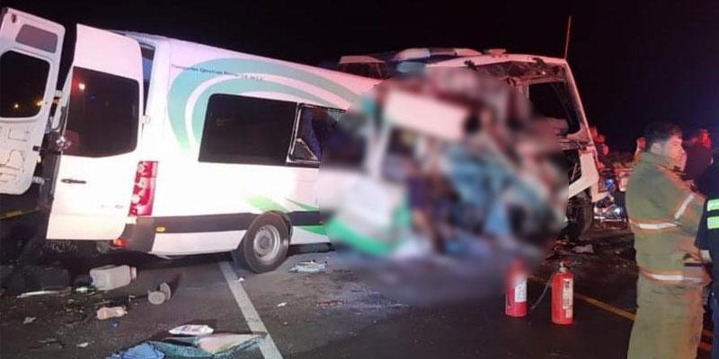 Choque en carretera de Sonora deja 16 muertos y 13 lesionados.