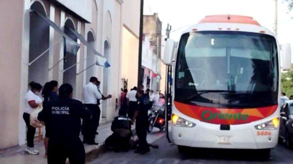 Señor de la tercera edad es atropellado por un camión en Mérida