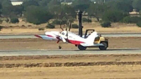 Avioneta se accidente al aterrizar el aeropuerto de Querétaro