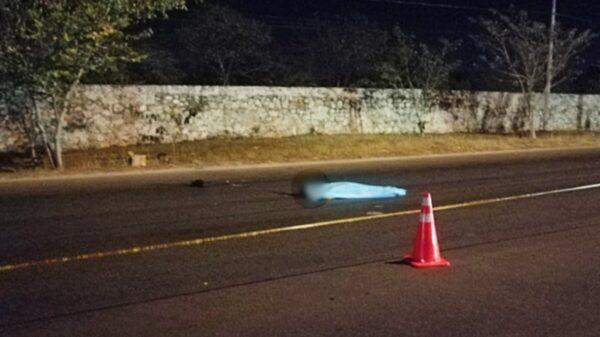 Muere hombre de identidad desconocida al ser atropellado en el Periférico de Mérida