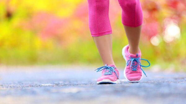 Checa los beneficios para tu cuerpo de caminar todo los días