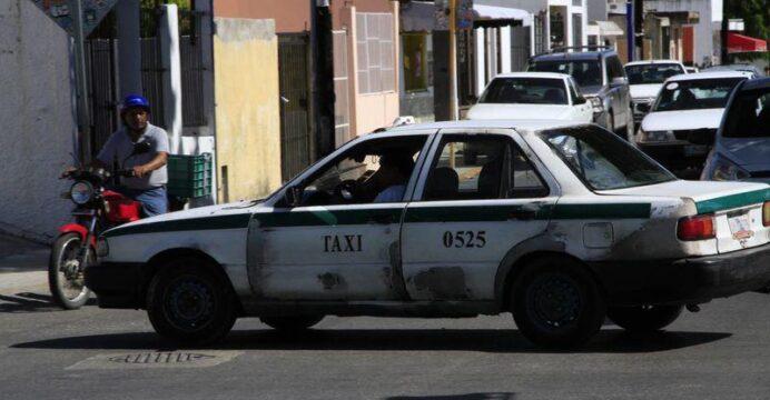 En Quintana Roo sacarán de circulación más de 4 mil taxis chatarra; unidades no brindan seguridad ni a choferes ni a los usuarios.