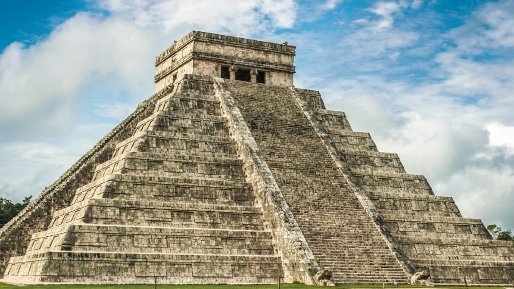Pese a las protestas del INAH, Chichén Itzá abrirá este fin de semana