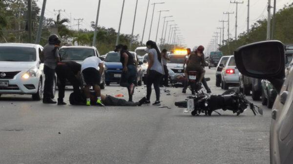 Cancún: Encontronazo de motos, un hombre pierde la vida