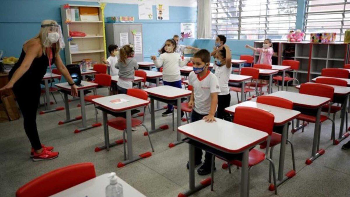 ¿Sabes cuántos alumnos regresarán a clases presenciales este lunes 19 de abril?