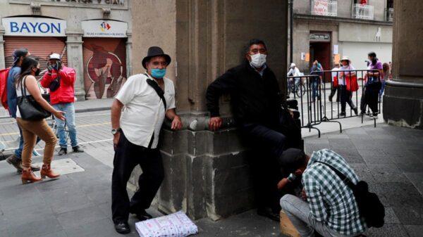 Ya son 216 mil 907 muertos por coronavirus en México