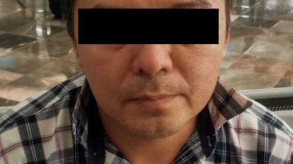 Detienen a sujeto que pretendía viajar a Mérida con una menor reportada como desaparecida