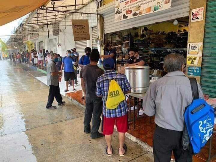 Cancún: Pierde batalla contra Covid-19 fundador del 'Comedor de Dios'.