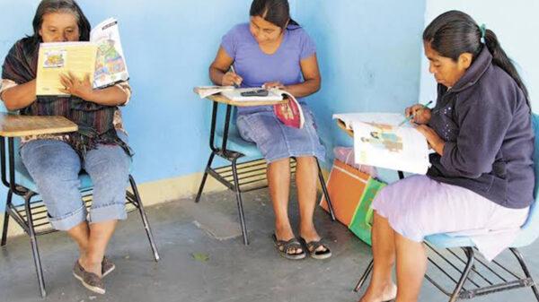 Dos mil 400 adultos presentarán exámenes en el IEEA Quintana Roo
