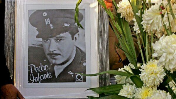 Mérida; A 64 años de su muerte, fantasma de Pedro Infante 'aparece' en la que era su casa