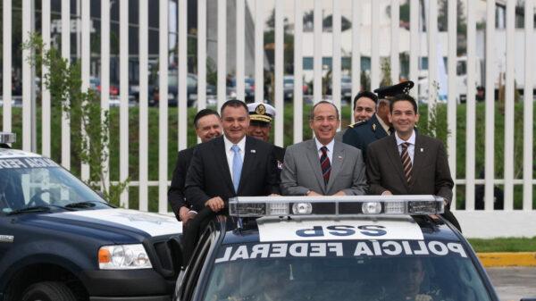 Calderón en la mira por desvíos de más de 300 mil millones de pesos