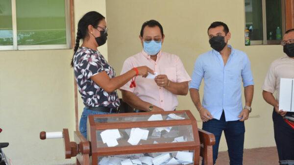 Celebran sorteo entre contribuyentes del predial en Felipe Carrillo Puerto