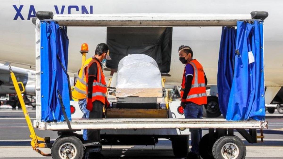 Llegan a El Salvador los restos de Victoria Salazar