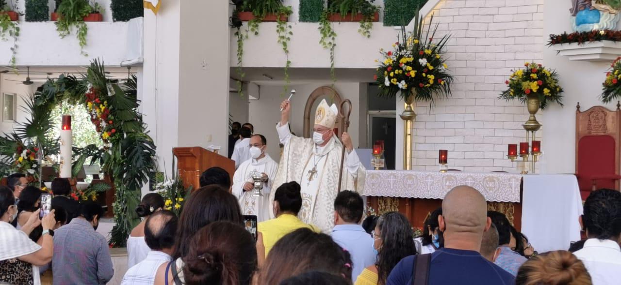 En Quintana Roo lucieron llenas las iglesias durante la Semana Santa.