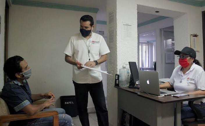 """Desempleados en Quintana Roo 7 de cada 10 profesionistas; en la mayoría son desplazados por gente """"recomendada"""" para puestos."""