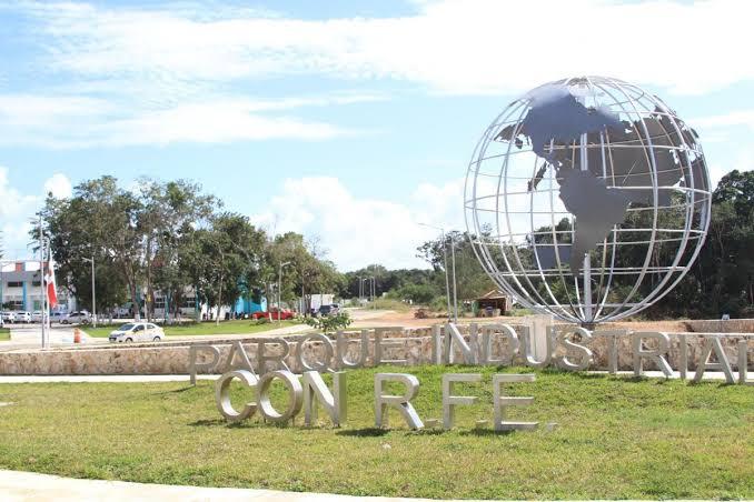 Zapateros yucatecos interesados en invertir en Parque Industrial de Chetumal.
