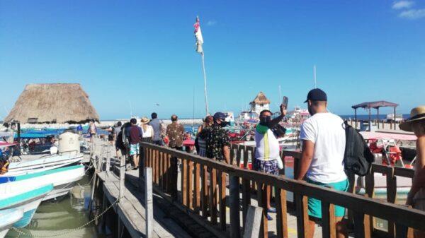 Ocupación turística al 30 por ciento en la isla de Holbox.