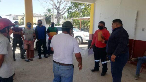 Ayuntamiento paga a brigadistas ante la irresponsabilidad de la Conafor.