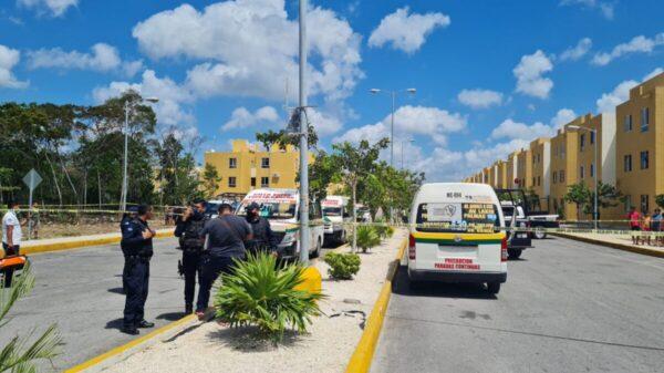 Cancún: Rafaguean paradero de combis en Cielo Nuevo (VIDEO).