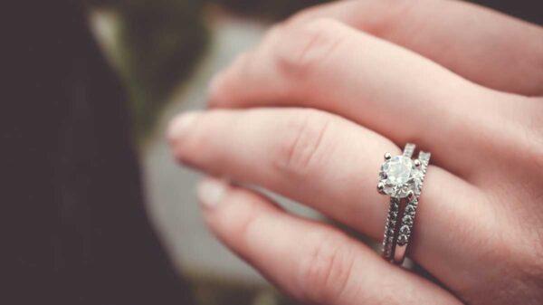 Un video de la propuesta de matrimonio de una chica estadounidense se viraliza en redes sociales, por la inusual forma que le pidieron casamiento