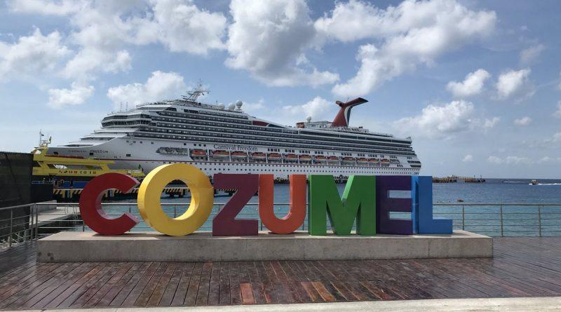 Confirman para el 12 de junio arribo de crucero de Royal Caribbean a Cozumel; con ello se reapertura el turismo marítimo al destino, tras la suspensión por la pandemia.