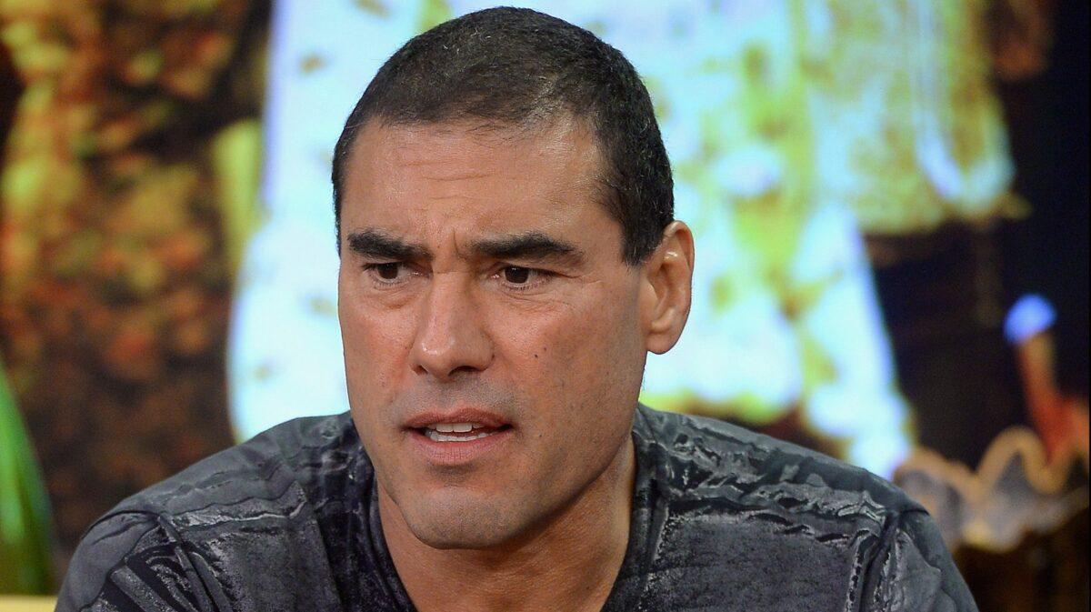 Arrestaron a Eduardo Yáñez por hacerle el amor a una mujer tras allanar la casa