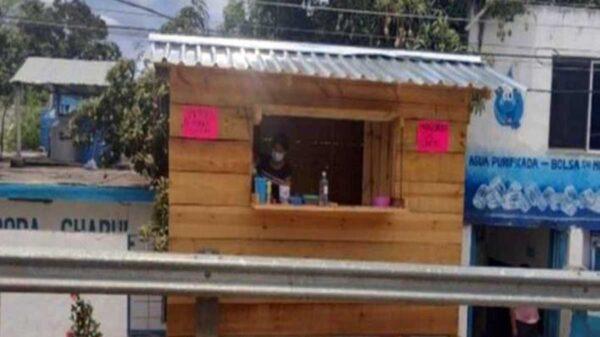 Tras ahorrar todo el dinero que recibía de la beca Benito Juárez, una joven de 17 años decidió poner su propio negocio de raspados