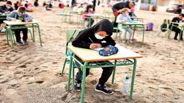 La pandemia del Covid-19 ha trastocado la vida cotidiana de las poblaciones del mundo, entre ellas las actividades escolares