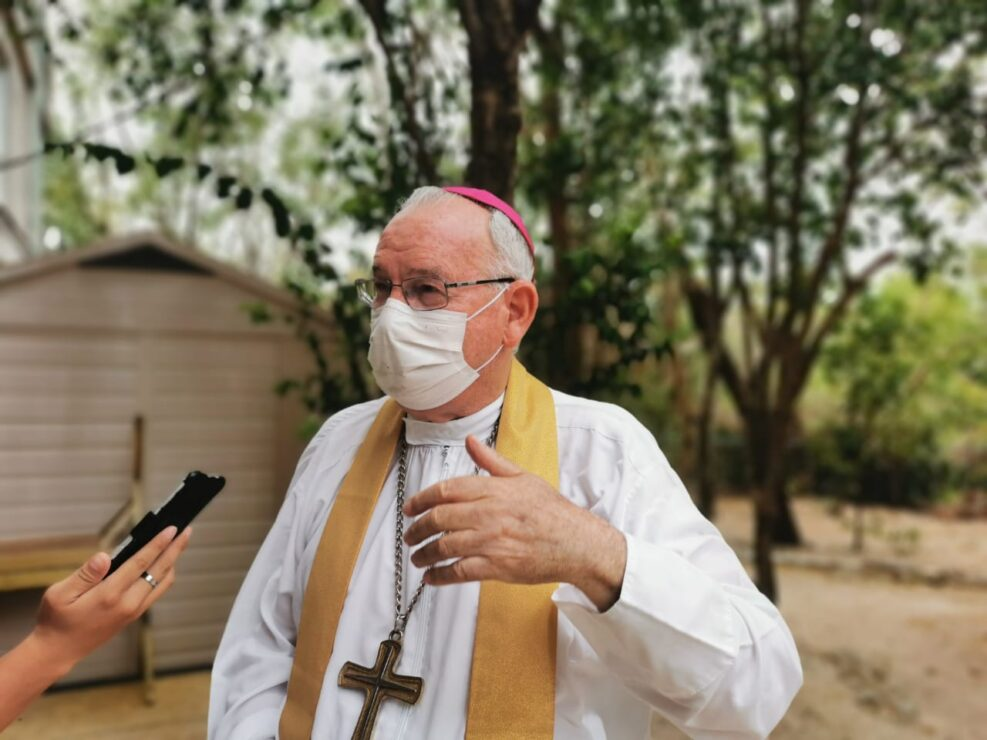 Baja afluencia en Cancún pudo deberse al temor por vacunarse: Obispo.