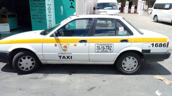 """Sacan de servicio 290 taxis """"chatarra""""en Chetumal"""