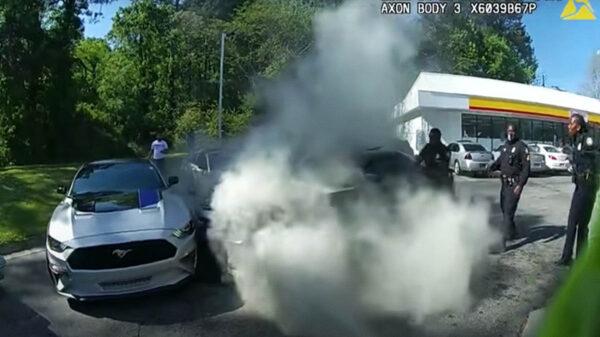 Un impresionante rescate llevó a cabo un grupo de oficiales del Departamento de Policía de Atlanta, Estados Unidos