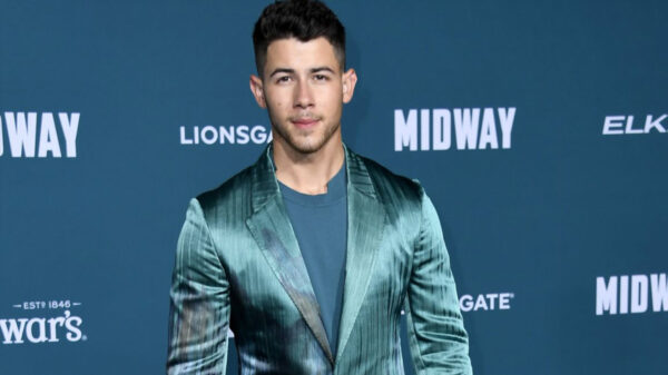 Nick Jonas sufre accidente y termina en el hospital