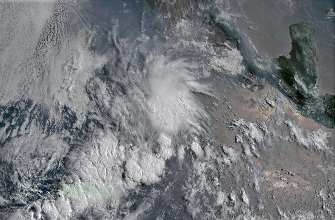 Nace 'Andrés', primera tormenta tropical en el Pacífico; la temporada arranca oficialmente el 15 de mayo.