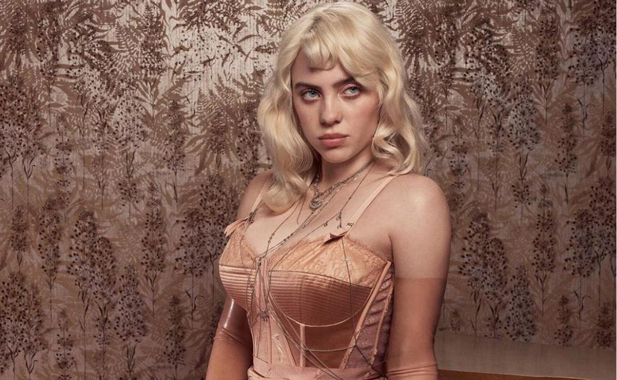 ¡Se destapa! Billie Eilish posa de manera sugerente para la portada de Vogue