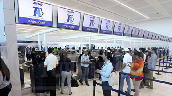 Recupera Cancún dos terceras partes de sus vuelos