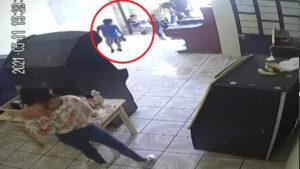 Sujeto mata a balazos a dos personas en local de maquinitas