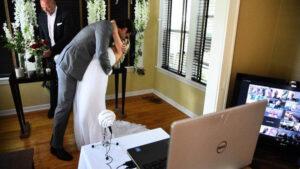 ¡Nueva modalidad! Casamiento con cientos de testigos en línea