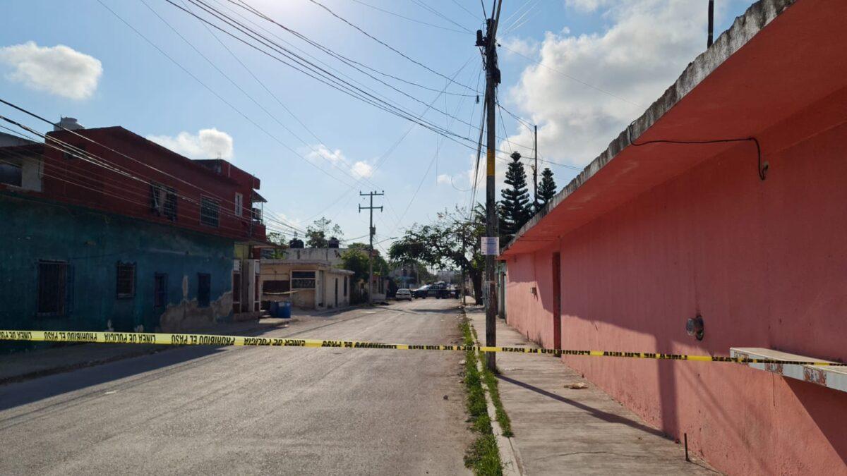 Violencia en la calle Plutarco Elías Calles al cruce con Lázaro Cárdenas, en la delegación Bonfil.