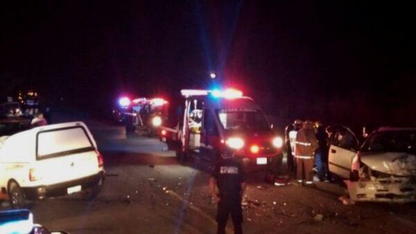 Un prensado y nueve heridos en fuerte choque sobre la carretera Tizimín-Buctzotz