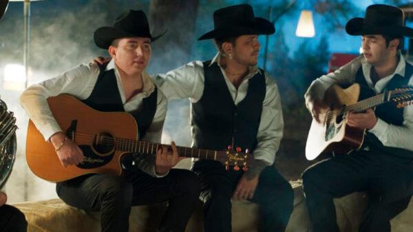 ¿Ya la escuchaste? Christian Nodal y Los Plebes del Rancho estrenan 'Ya no superé'