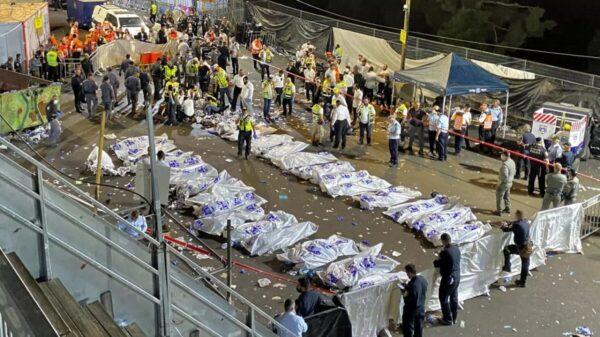 Lamenta el Papa estampida que dejó 45 muertos en evento religioso en Israel.