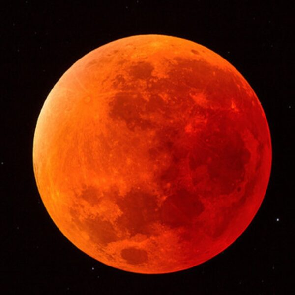 Este 26 de mayo no te pierdas el eclipse total de luna de sangre