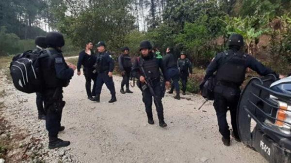 Por conflicto agrario, se enfrentan policías y comuneros en Oaxaca