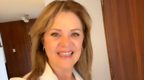 Erika Buenfil confirma romance con alto ejecutivo de Televisa