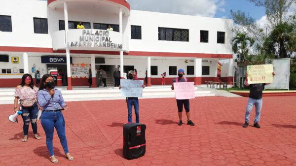 Se manifiestan estudiantes en Kantunilkín piden vacunas covid