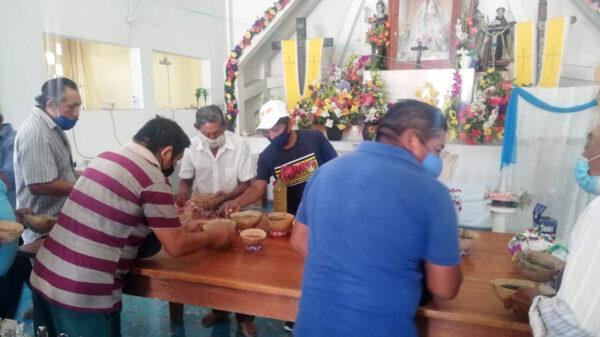 Concluyen festejos de la Santa Cruz en Kantunilkín
