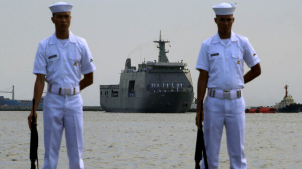 Rodrigo Duterte, presidente de Filipinas, advirtió que no retirara los barcos de su país de las aguas disputadas por Pekín