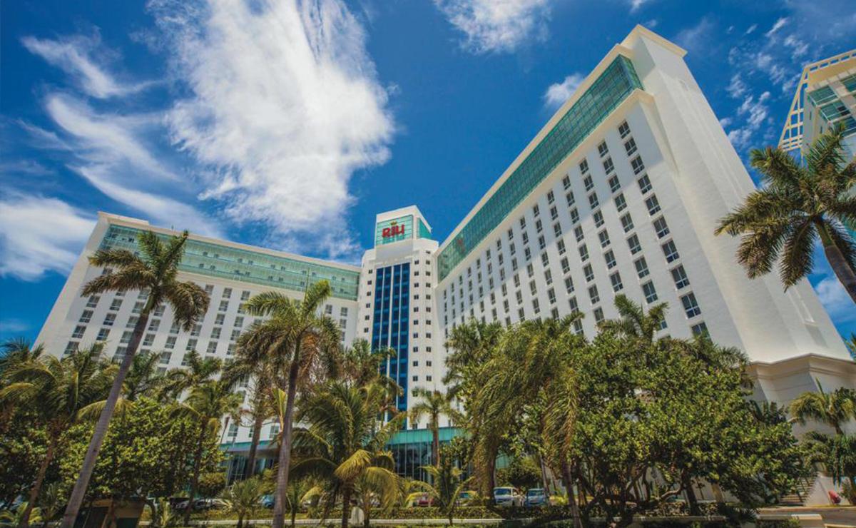 Cancún: Comando armado levanta a dos taxistas en zona hotelera