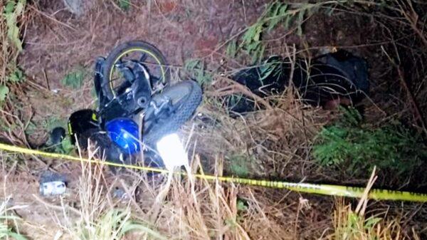 Motociclista derrapa y muere sobre la carretera Mérida-Cancún