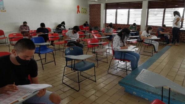 Amplían registro de espacios en preparatorias en Quintana Roo